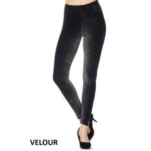 Velour Leggings in Black